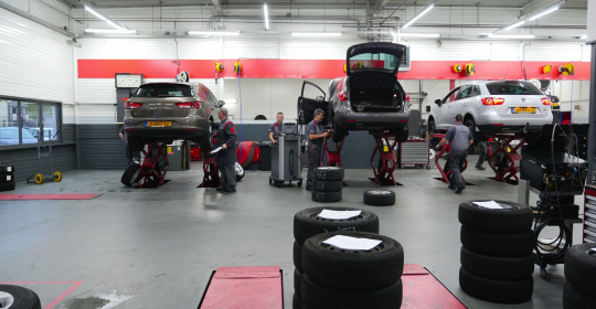 Grote winterbeurt voor Suzuki en SEAT: wat wordt er allemaal nagekeken?